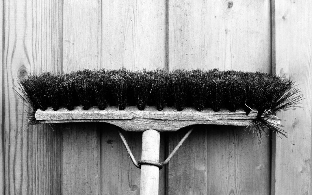 Reinigung und Pflege deiner Nähmaschine